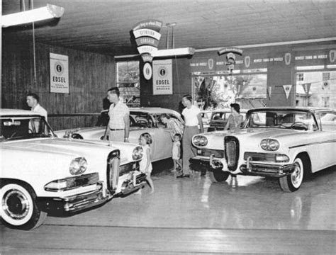 images  vintage car dealership pics  pinterest