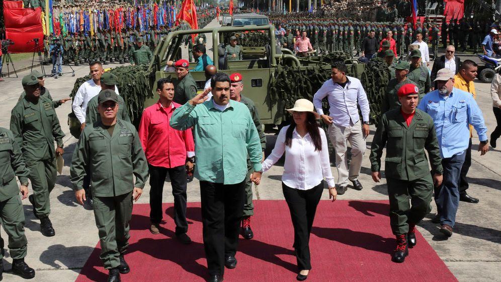 Foto: El presidente Maduro a su llegada a un desfile militar en Carabobo, el 28 de diciembre de 2016 (Reuters)