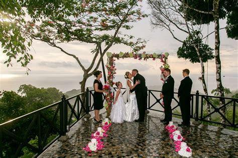 Wedding at Villa Caletas in Costa Rica ? An Intimate