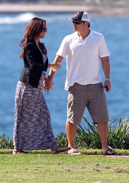 Nick Lachey - Nick Lachey And Vanessa Minnillo Checking Out The Sites In Sydney