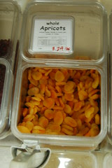 Bulk apricots