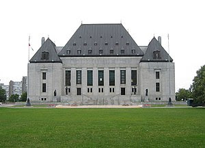 English: Supreme Court of Canada Français : Co...