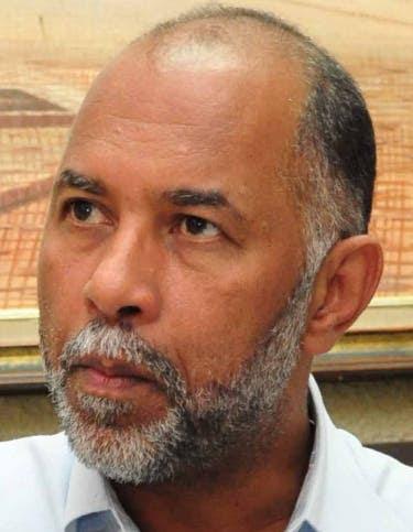 Resultado de imagen para ADP pide al ministro de Educación el inmediato desbloqueo a los sueldos de 5 mil maestros