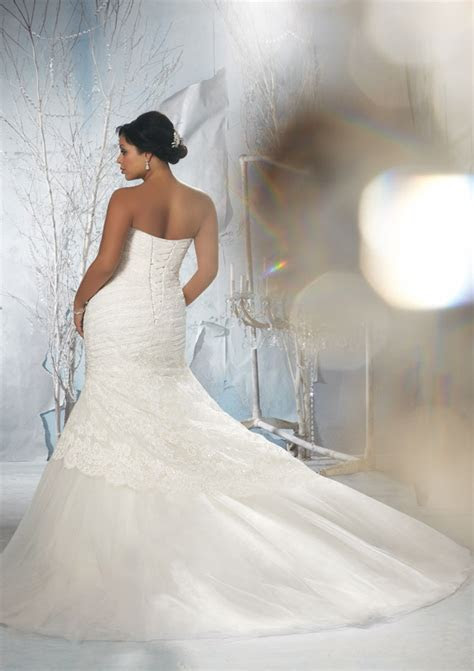 Alencon Lace over Tulle with Embroidered Appliques Plus