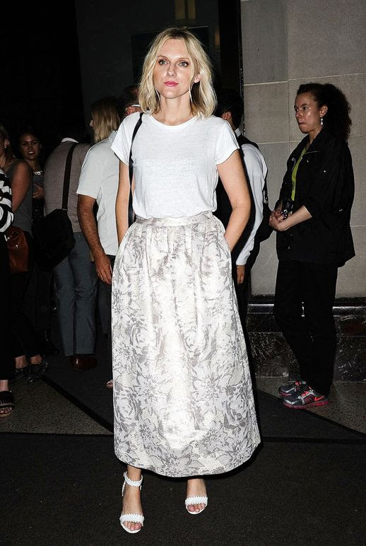 Le Fashion Blog Street Style Nyfw Laura Brown White Tee Shirt Long Printed Skirt Simple Heeled Sandals Casual Cool Spring Combo Via Popsugar
