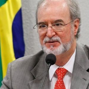 Eduardo Azeredo (PSDB-MG), deputado que é réu no processo do mensalão mineiro