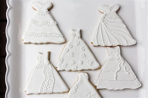 Wedding Dress Sugar Cookies   Rebecca Cakes & Bakes