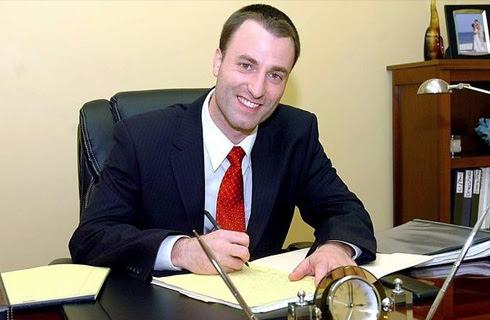 Apartment Finder: Divorce Lawyer