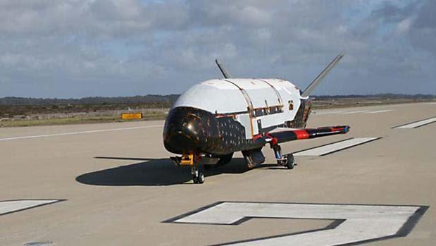 Resultado de imagen para Un misterioso avión espacial militar de EEUU lleva 600 días en órbita