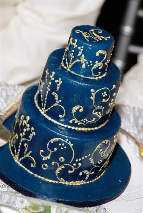 Turkish/ Egyptian wedding cake designed by Calla Lily