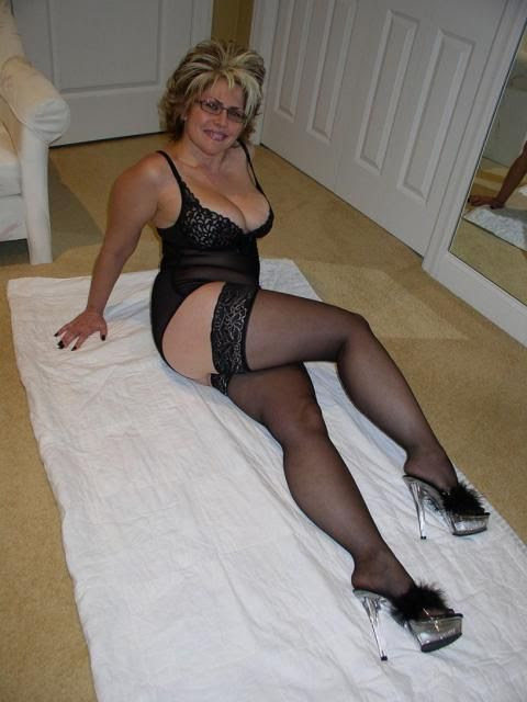 Mature women pantyhose xxx Porn Pics & Movies
