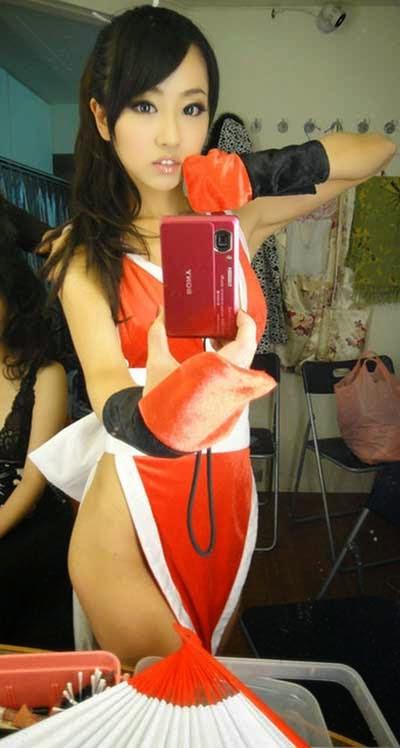 Model Taiwan berjulukan Lan Fenghuang yang juga dikenal sebagai Mia ini  merupakan Cosplay Ma Gadis Cantik 16 Tahun yang Sangat Terkenal di Internet