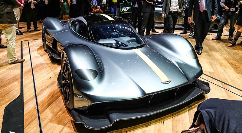 Aston Martin Valkyrie At Geneva 2017 01 Motoraty