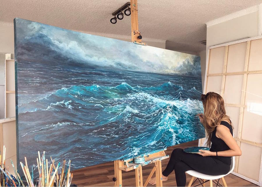 Paintings Of Waves By Vanessa Mae Capture Motion Of The Splashing Sea