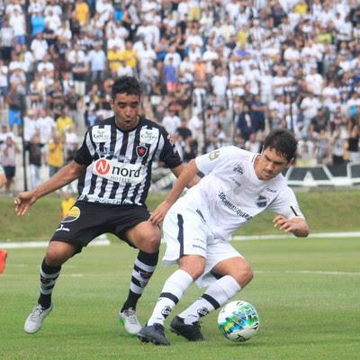 ABC x Botafogo-PB - Estádio Frasqueirão - Lúcio Flávio (Foto: Fabiano de Oliveira)