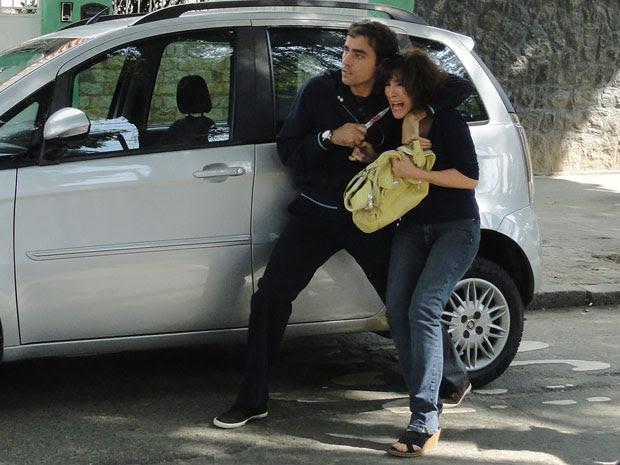 Henrique tenta escapar levando Wanda como refém