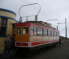 Snaefell car number 1 at the sumit