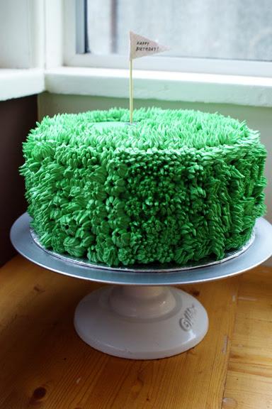 my friend the shaggy green golf cake!