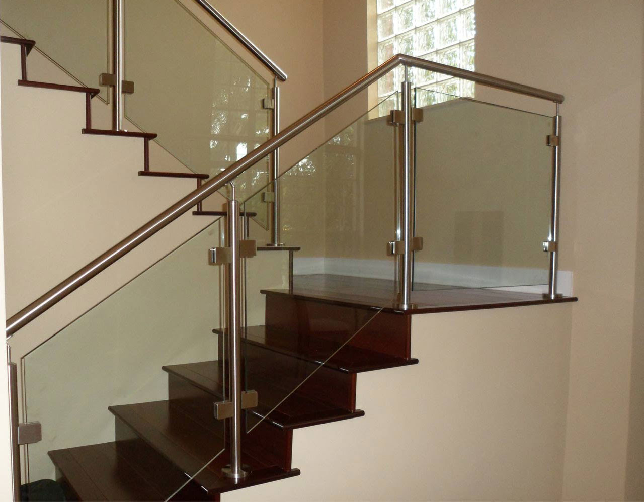 5 Modern Glass Balcony Railing Design Ideas Stouffville Glass Blog