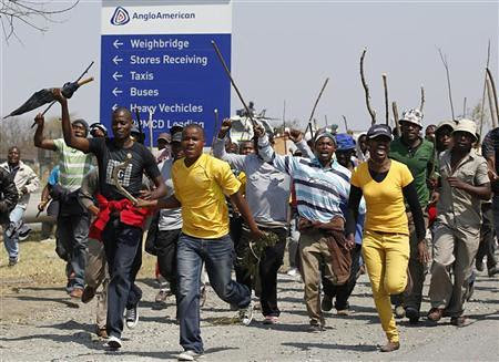 Workers from the Anglo American Platinum mines are on a wildcat strike where they have defied the ultimatum by management to return to the job. The mining industry has been hit by such strikes for months. by Pan-African News Wire File Photos