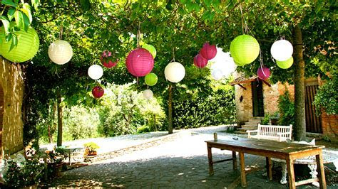 Bright Paper Lanterns Decorate Outside Weddings