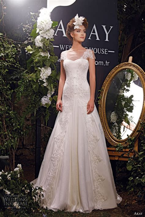 Akay Wedding Dresses 2013   Wedding Inspirasi