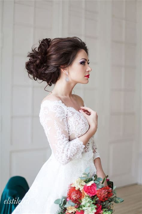 26 Chic Timeless Wedding Hairstyles from Elstile   Deer
