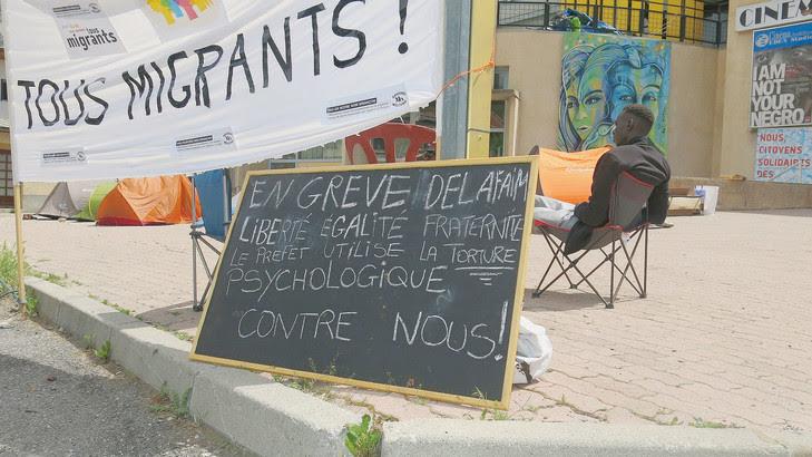 A Briançon, où des migrants sont entrés en grève de la faim pour protester contre le règlement Dublin.