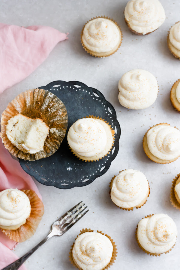These cupcakes are therefore incredibly lite in addition to fluffy peach moscato cupcakes