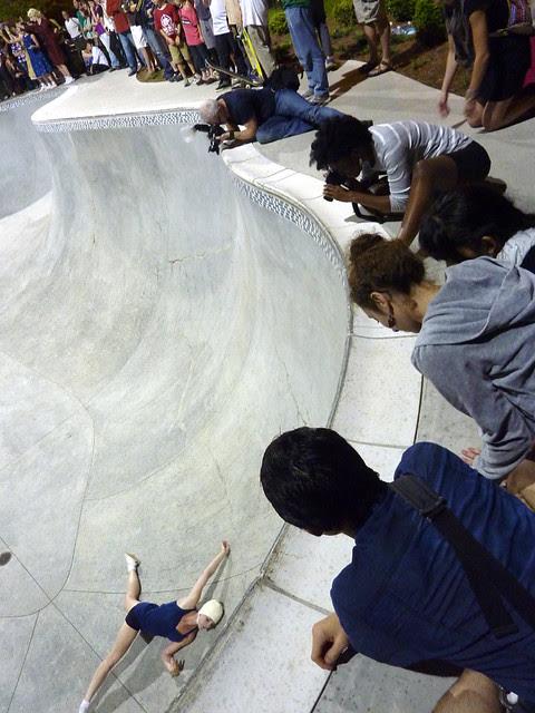P1080442-2012-05-12-gloATL-Saturday-Show-O4W-skatepark-edge-photographers