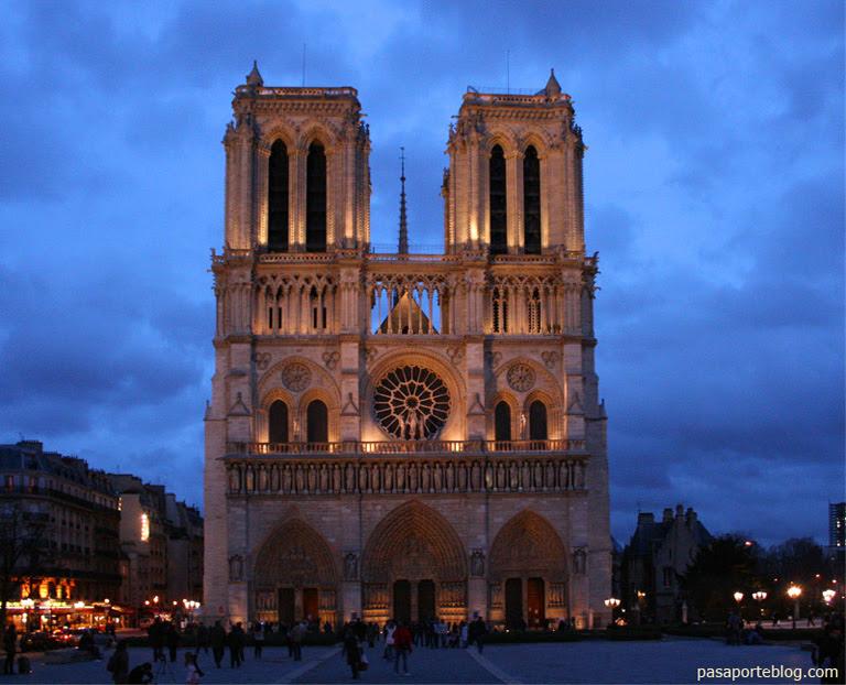 Catedral de Notre Dame, Paris, Francia