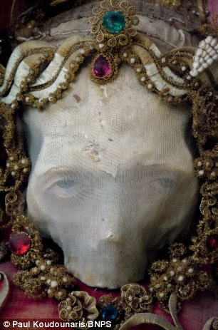 This skull relic was given the generic name of Deodatus as its identity was unknown