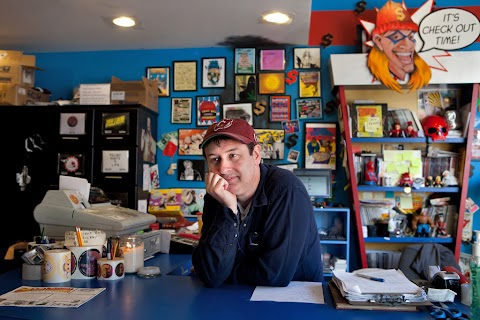 Where Is Kevin Smiths Comic Book Store