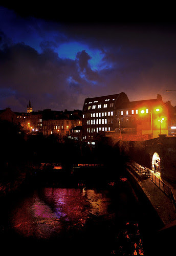 evening view from kelvinbridge by tom clearwood