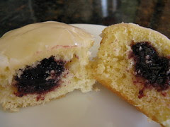 Lemon Blackberry Cupckaes