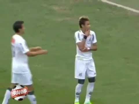 Neymar e Ronaldinho ballano Parado na Esquina