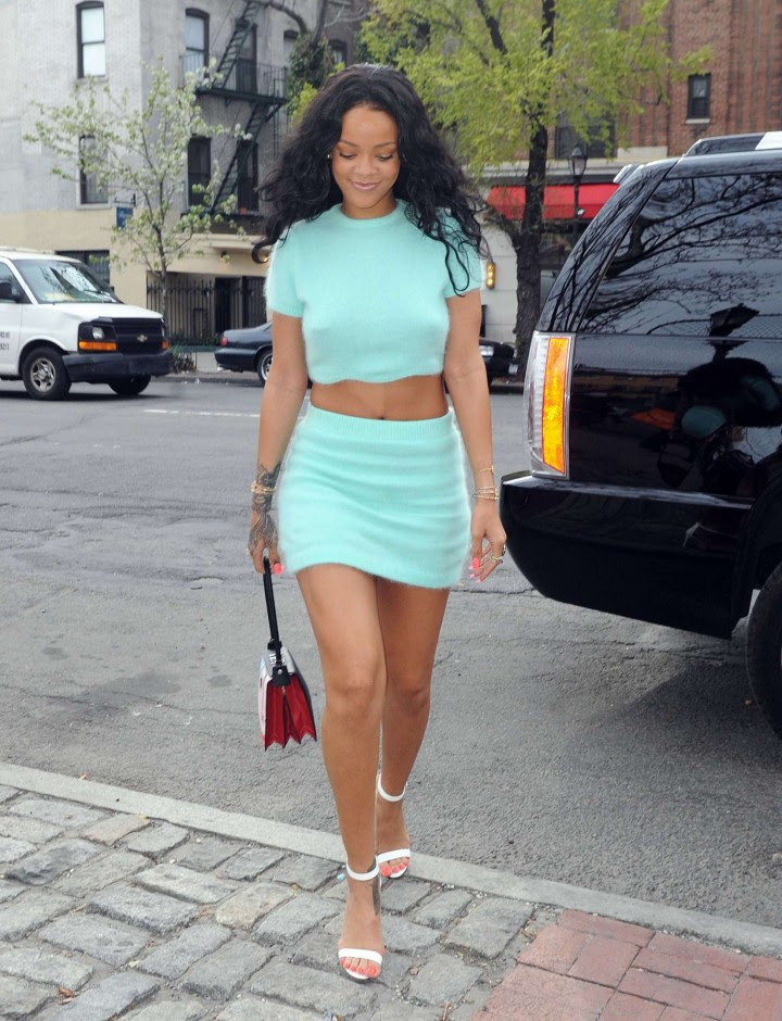 Rihanna in a Skirt -02