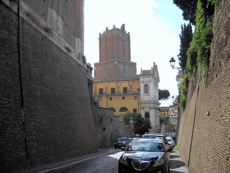 File:Roma Monti Torre delle Milizie.jpg