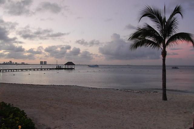 cancun_sunset_dock
