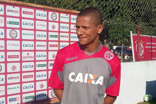 Adriano Pardal deixou o Al-Faisaly como vice-artilheiro da equipe