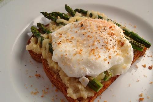 Open Faced Cauliflower and Asparagus Sandwich