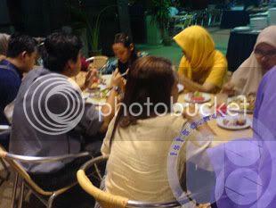 buka5 hosted by Photobucket.com