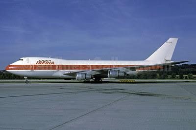 Iberia-Lineas Aereas de Espana Boeing 747-133 EC-DXE (msn 20014) (Air Canada colors) ZRH (Rolf Wallner). Image: 913341.