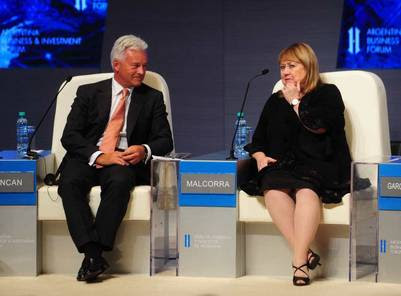 Duncan y Malcorra, en el Foro de Inversiones de Buenos Aires.