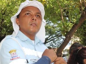 Supervisor da Strans explica que operação seguirá até janeiro de 2016 (Foto: Gilcilene Araújo / G1 PI)