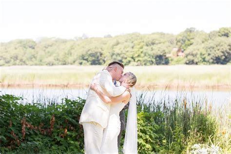 Amanda and Nicholas    Bee and Thistle Inn Wedding