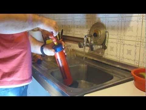 Como desatascar desag e del fregadero h galo usted mismo - Como desatascar el fregadero de la cocina ...