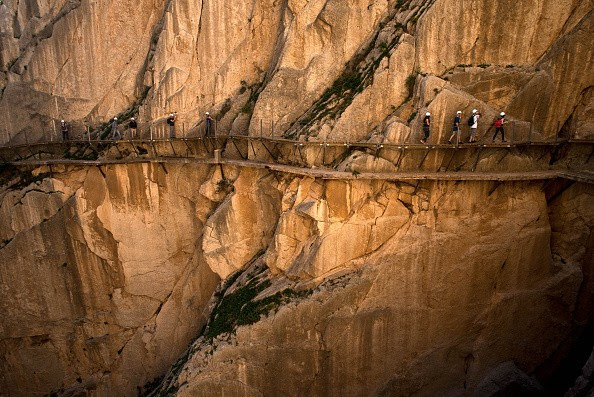 Sinuoso caminho de Caminito Del Rey, conhecido com um dos mais perigosos do mundo (Foto: Getty Images)