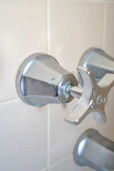 vintage-kohler-sink-faucet-tapered-base