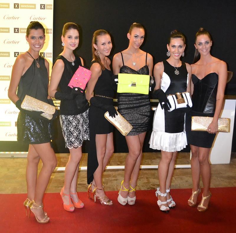 Las Magníficas vestidas con color negro en un evento de moda